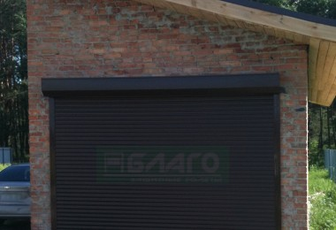 Механические ролеты на ворота для гаража в Броварах